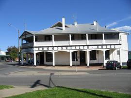 Commonwealth Hotel - Lismore Accommodation