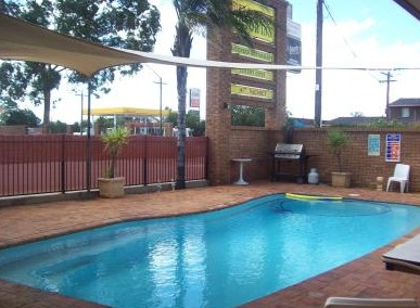 Town And Country Motor Inn Cobar - Lismore Accommodation