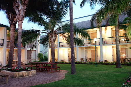 Mandurah Gates Resort - Lismore Accommodation