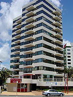 Beachfront Towers - Lismore Accommodation
