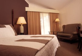 Tallawanta Lodge - Lismore Accommodation
