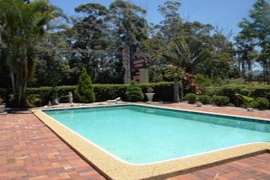 Beerwah Glasshouse Mountains Motel - Lismore Accommodation