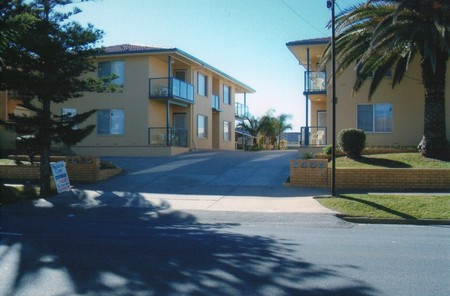 AA Madalena Court Holiday Apartments