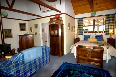 Hillside Country Retreat  - Lismore Accommodation