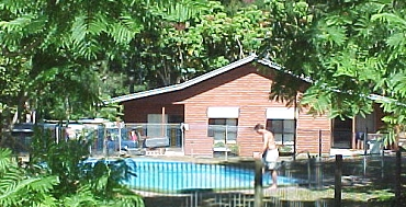 Glass House Mountains Holiday Village - Lismore Accommodation