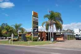 Queens Beach Motor Hotel - Lismore Accommodation