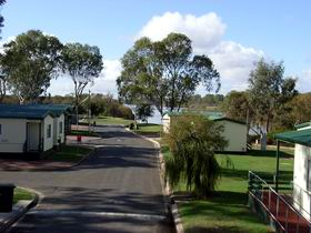 Mannum Caravan Park Cabins - Lismore Accommodation