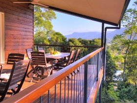 Kookas Bed and Breakfast - Lismore Accommodation