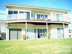 Swanport Views Holiday Home - Lismore Accommodation