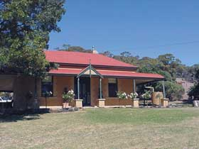 Precious Memories BB - Lismore Accommodation