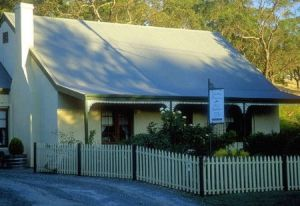 Country Pleasures Bed and Breakfast - Lismore Accommodation
