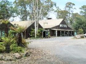 Derwent Bridge Wilderness Hotel - Lismore Accommodation
