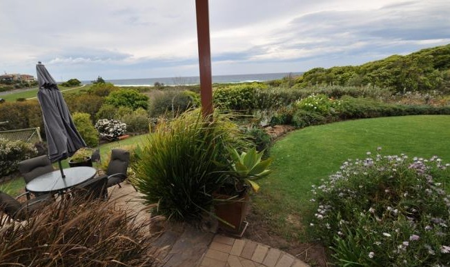 Beachfront Apartments Narooma - Lismore Accommodation