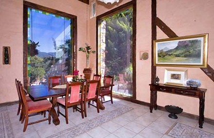 Castle On The Hill Bed and Breakfast - Lismore Accommodation