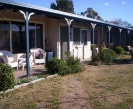 Snowy Vineyard Cottage - Lismore Accommodation