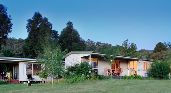 Queens Cottage - Lismore Accommodation
