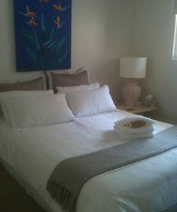 Absolute Beachfront Manly Bed and Breakfast - Lismore Accommodation