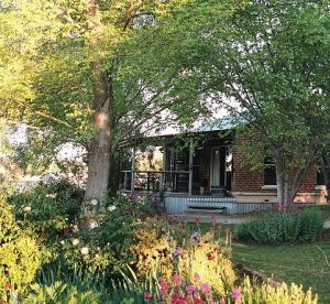 Amazing Country Escapes - Evanslea By The River - Lismore Accommodation