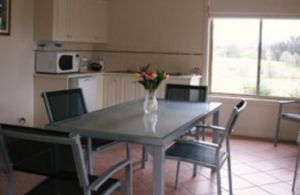 Burns B and B and Yabby Farm - Lismore Accommodation