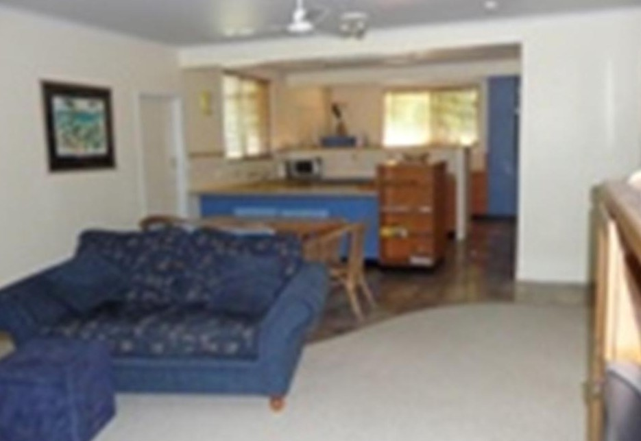 Leeway Beach House - Lismore Accommodation