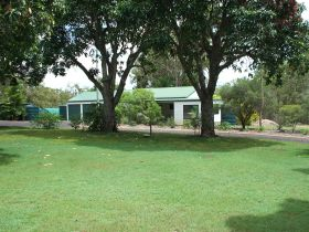 Bungadoo Country Cottage - Lismore Accommodation