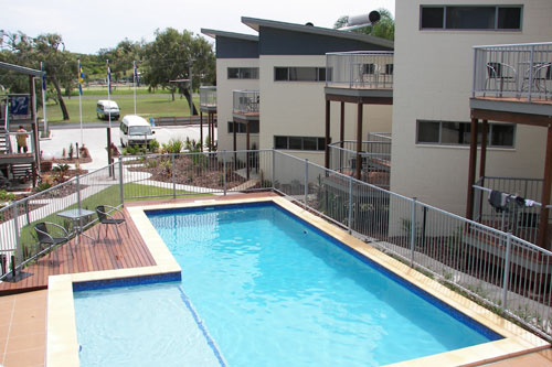 Emu's Beach Resort - Lismore Accommodation