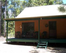 Loose Goose Chalets - Lismore Accommodation