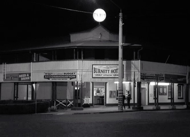 Burnett Hotel - Lismore Accommodation