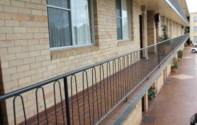 AZA Motel - Lismore Accommodation