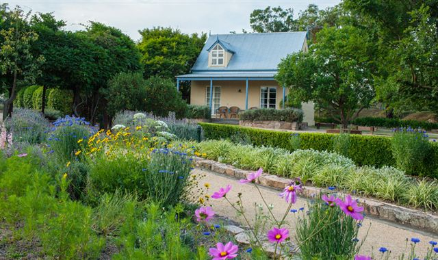 Vineyard Cottages and Cafe - Lismore Accommodation