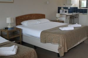 A' Montego Mermaid Beach Motel - Lismore Accommodation