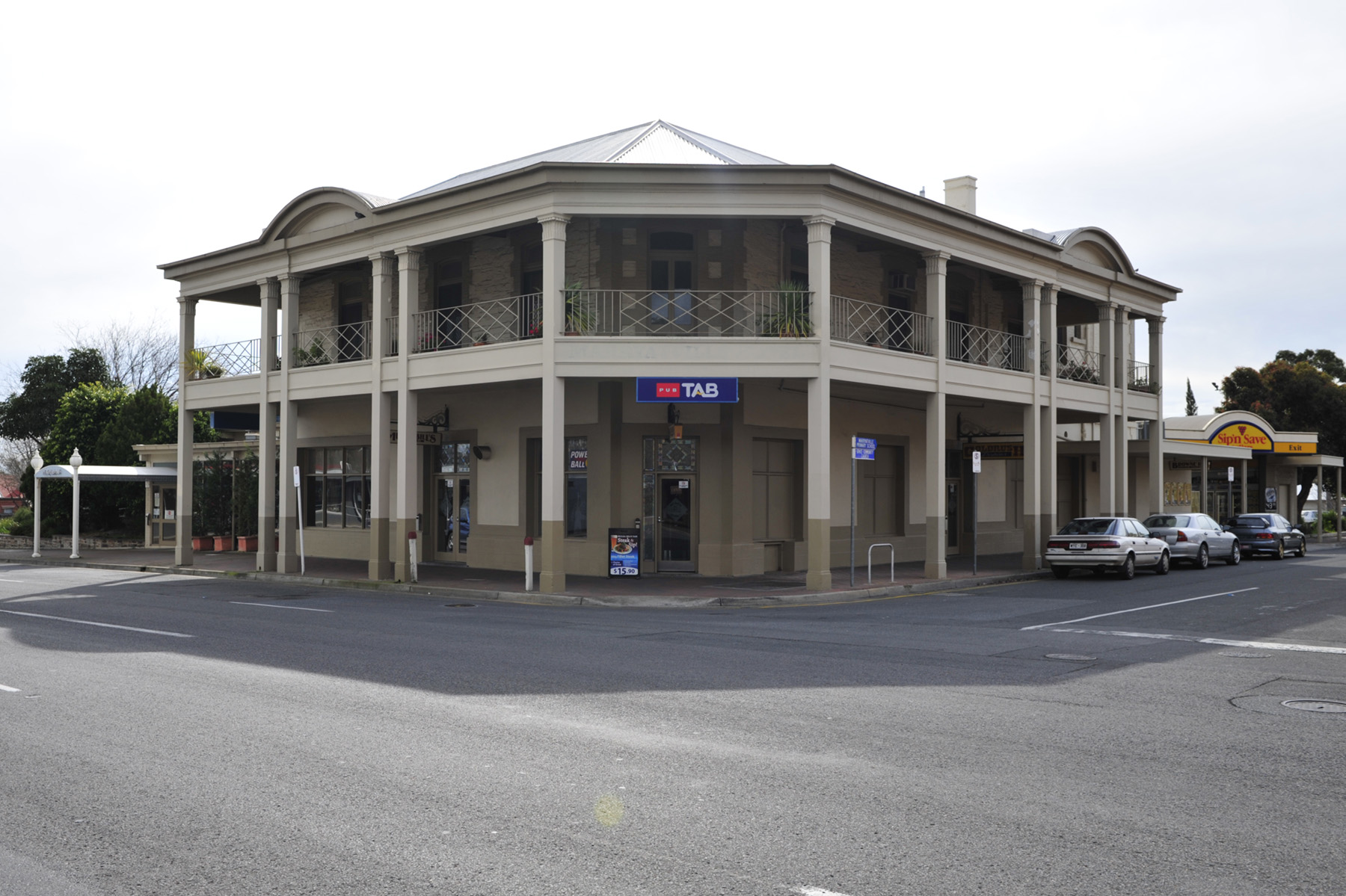 Marryatville Hotel - Lismore Accommodation