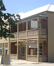Cobb  Co Court Boutique Hotel - Lismore Accommodation
