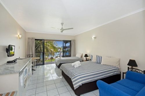 Hinchinbrook Marine Cove Motel - Lismore Accommodation