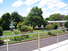 Golden Chain Beachway Motel and Restaurant - Lismore Accommodation