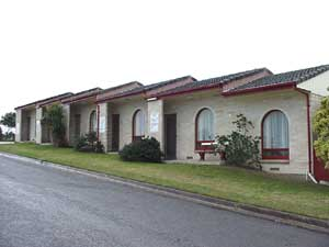 Oyster Court Motel - Lismore Accommodation