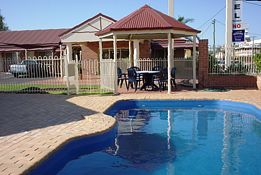 Roma Mid Town Motor Inn - Lismore Accommodation