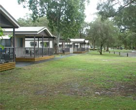 Beachfront Caravan Park - Lismore Accommodation