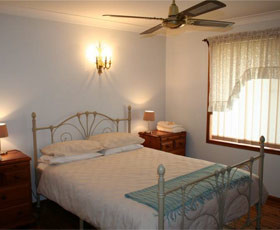 Caits Cottage Bed And Breakfast - Lismore Accommodation
