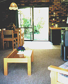 Falls Forest Retreat - Lismore Accommodation