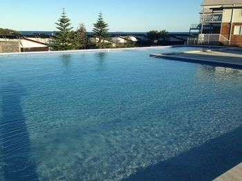 Caves Beachside Hotel - Lismore Accommodation