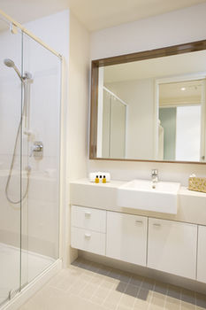 Melbourne Short Stay Apartments on Whiteman - Lismore Accommodation