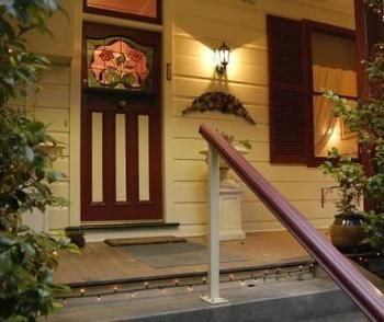 Chalet Blue Mountains - Lismore Accommodation