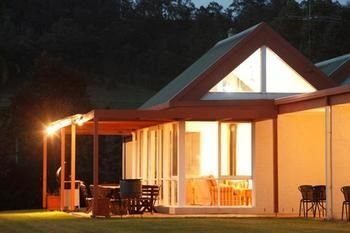 Rothbury Escape - Lismore Accommodation