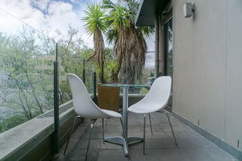 Comfy Kew Apartments - Lismore Accommodation