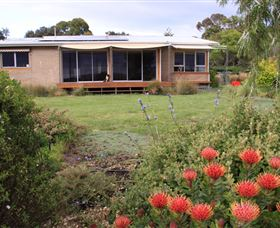 Beach and Boat Accommodation - Lismore Accommodation