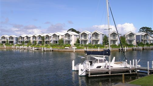 Captains Cove Resort - Lismore Accommodation