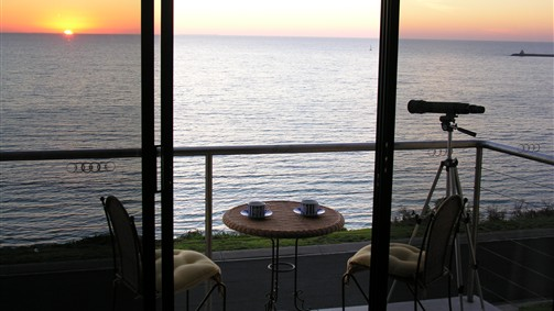 Clifftop Accommodation Portland Victoria - Lismore Accommodation