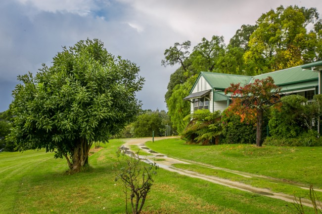 Karbeethong Lodge - Lismore Accommodation
