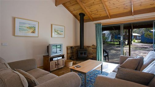 Surf Coast Cabins in Aireys Inlet - Lismore Accommodation